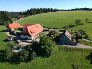 Alexenhof mit Gästehaus