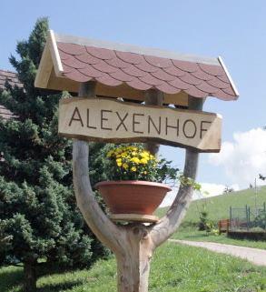 Hofschild Alexenhof